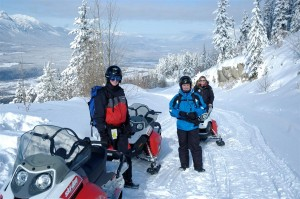 banff snowmobile tours